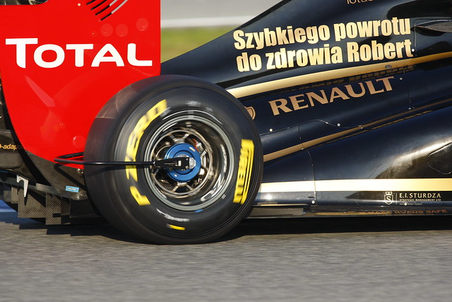 Renault monitoring equipment