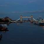 Tower Bridge by night thumbnail
