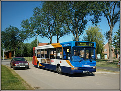 34642, Monksmoor (Jason 87030) Tags: monksmoor bus estate daventry rugby 12 northants development mercedes benz car sunny july 2017 northamptonshire summer stagecoach dennis dart slf pointer 34642 gx54dwn sony ilce nex lens alpha a6000 pond houses new recent trees route service