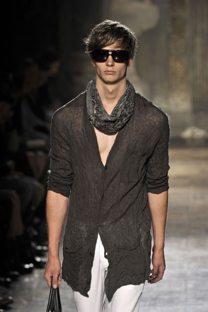 Linus Gustin3107_SS11_Milan_John Varvatos(first VIEW)