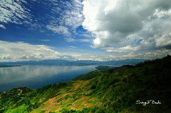 Beautifully Our Lake Toba ( DocBudie) Tags: blackandwhite bw lake indonesia tt groupphoto kopdar laketoba northsumatra danautoba tobalake fotobersama indonesiaphotographer tapanuliutara hutaginjang luarbiasaphotophy malaysianphotograpers