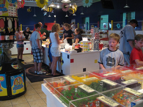 Albanese Candy Factory - Gummi Bar