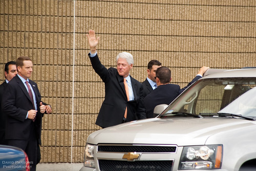 President Clinton waves goodbye