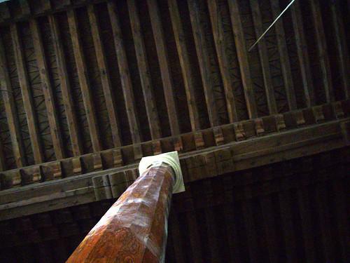 P1040819   Ahi Elvan Camii, colonne de bois avec chapiteau de marbre