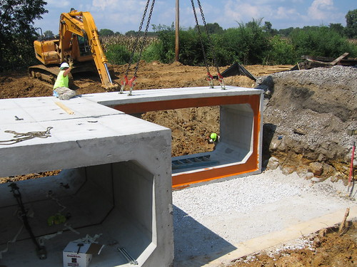 Precast concrete box culvert base