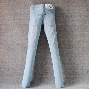 #5 Light denim jeans