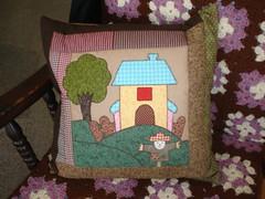 Exposiao Banco do Brasil (Simone Dias Artes) Tags: brasil casa pano country artesanato capa pad artesanal craft pillow patchwork cushion artes decorao almofada cojin exposio tecido trabalhomanual aplicao capadealmofada simonedias patchpo exposiobancodobrasil
