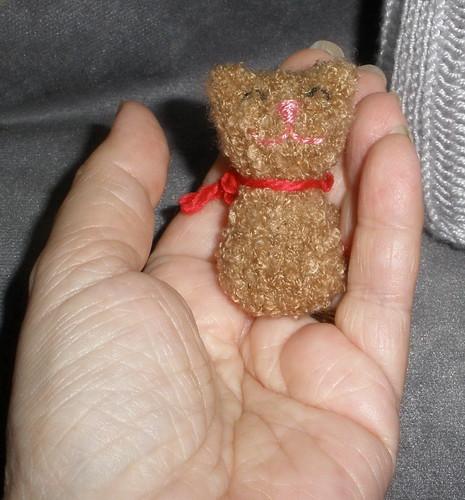 Bitty Kitty, Oscar the Grouch's dear friend