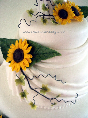 Sunflower 3 tier stacked wedding cake (6)