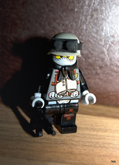 Elite Commando (-Juzu-) Tags: soldier weapon figure brickarms legofigure brickforge
