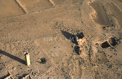 Umm er-Resas North/ Sarbut (APAAME) Tags: megaj3120 ummerrasas ummerresas aerialarchaeology aerialphotography middleeast airphoto archaeology ancienthistory