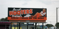 Hooters Sign (thisisrobert) Tags: girl sign florida hooters daytonabeach us92 internationalspeedwayblvd properlydressed
