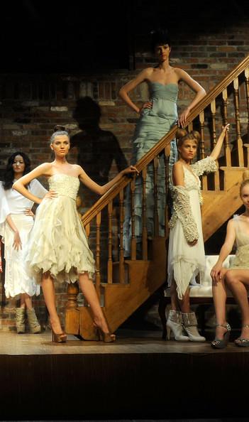 Alice+Olivia+Presentation+Spring+2011+MBFW+wwyt6TKVhGFl