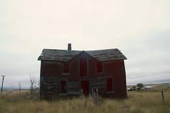 (yyellowbird) Tags: house abandoned southdakota ghosttown okaton