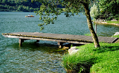 pontile (ballcla (Claudio Ballestra)) Tags: lake lago pier nikon lac bergamo lombardia jete pontile mywinners monasterolo lagodiendine estremit monasterolodelcastello ballcla