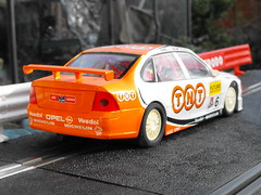 Opel Vectra (Mk.1) (3) (Andy Reeve-Smith) Tags: opel scalextric vectra