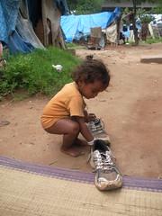 RIMG6483 (phil.gluck) Tags: poverty india children bangalore running slums kadugodi