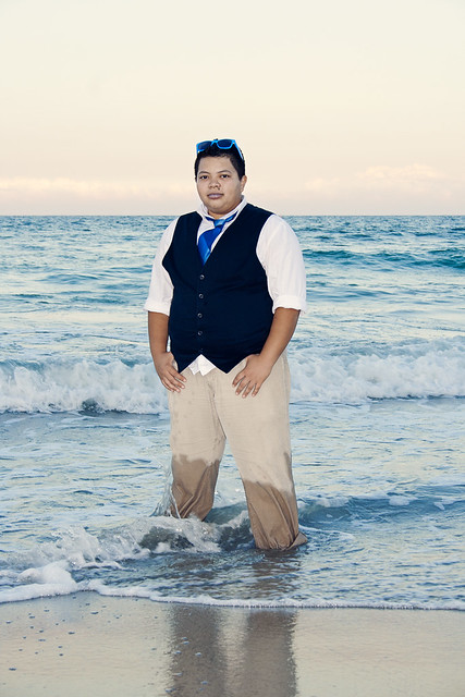 beach pose 3