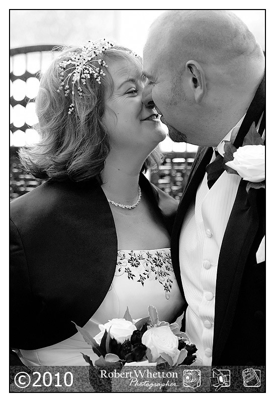 2nd Shooter wedding coverage and support for Vikki Poole. Photography by Robert Whetton Photographer