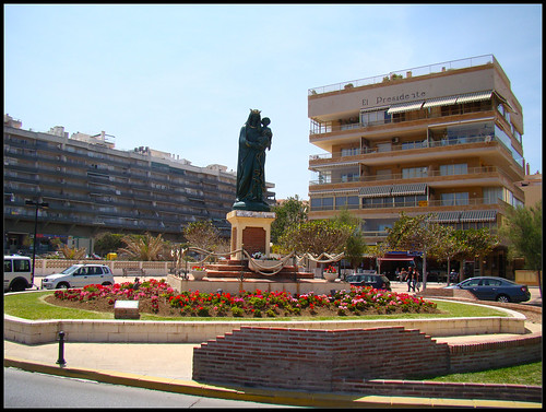 Estatua virgen de Fatima Los Boliches