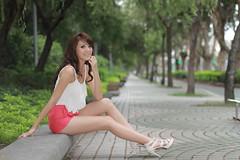IMG_7981 (sullivan) Tags: portrait woman sexy beautiful beauty model pretty sweet taiwan taipei sullivan lovely daanforestpark taiwanese  1000views catharine  ef50mmf14usm 3000views   canoneos7d speedlite430exii sullivan sullivan suhaocheng
