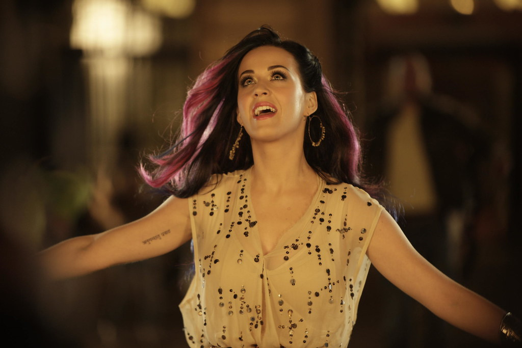 "Katy Perry ""Firework"" 11"