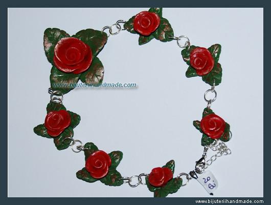 Colier Gradina cu Trandafiri   VANDUT