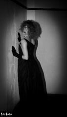 Distancia (ZESFOTO) Tags: blanco y negro retratos zaloa zesfoto