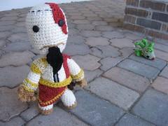 KratosSackboy 021 (Ami Amour) Tags: doll crochet amigurumi medusa kratos sackboy