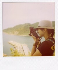 * (mika-rin) Tags: sea summer vacation polaroid sx70 friend taiwan jersey lotta 600film itneverends