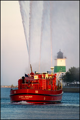 Big Red (Andy Marfia) Tags: red chicago water boat iso200 lakemichigan navypier f56 70300mm fireboat canons cfd chicagofiredepartment d90 1250sec victorlschlaeger