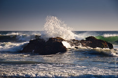 With foaming rage (JoLoLog) Tags: california usa 1 rocks waves bigsur canoneos20d pacificocean 17 pfeifferbeach moshe