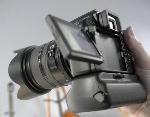 Panasonic DMC-L10 Leica D 14-150 f/3.5-5.6 Vario-Elmar Zoom Lens