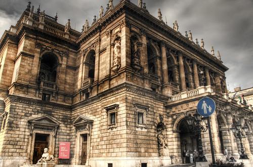 Budapest opera palace. Opera de Budapest