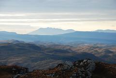 Eilean Rùm anns a' chùl raon (Màrtainn) Tags: scotland highlands alba escocia rum alban szkocja escócia schottland westerross schotland ecosse scozia isleofrum skottland rossshire skotlanti skotland broskos escòcia skócia albain iskoçya шотландия σκωτία creaganduilisg gàidhealtachd eileanrùm taobhsiarrois siorramachdrois scoţia