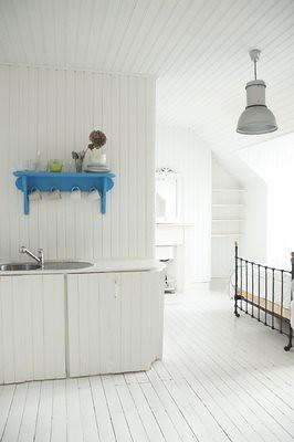 white bedroom 13