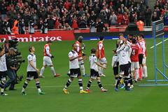 The teams come ot (Ronnie Macdonald) Tags: spurs emirates arsenal gunners tottenhamhotspur premierleague ronmacphotos