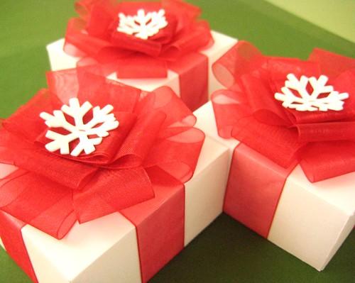 Snowflake Bow Gift Boxes