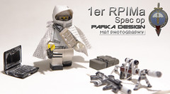 1er RPIMa parka design (Shobrick) Tags: winter red hk snow cat computer bag french design amazing portable lego m1 scope military rifle goggles grand dot special hazel ama tiny sniper cape flashlight op ba tt minifig minifigs custom spec forces holster mods 1er parka amory tactical 416 foregrip brickarms holosight rpima shobrick scidan