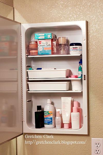 organization medicine cabinet_0001