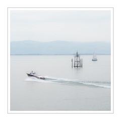 Bodensee III (Splitti68) Tags: europa europe deutschland germany bayern bavaria bodensee see seezeichen segelboot motorboot rahmen square quadrat splitti splitti68 splittstöser splittstoesser