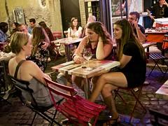 Exchanging secrets - Trastevere/Rome (mikehaui60) Tags: olympuspenepm2 pen epm2 mft streetphotography peoplephotography trastevere rome streetrestaurant italy conversation