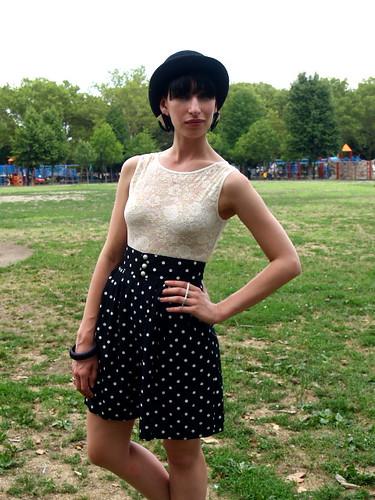 Black & White Polka Dot High Waist Shorts 3 por whitedovenyc.