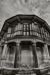 ODEON Hotel & Cafe | B&W HDR (Sir Mart Outdoorgraphy) Tags: panorama building heritage streetphotography oldbuildings panoramic georgetown photowalk penang hdr highdynamicrange markhall heritagesites photomatix bwhdr penangflickr sirmart outdoorgraphy mattbrandon scottkelbysworldwidephotowalk2010 odeonhotelcafe