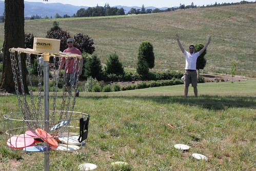 Frisbee Golf at a friggin winery. Im going to try and sell this image to Stuff White People Like.