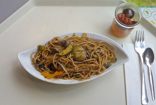 Bami Goreng in Hoi Sin Sauce