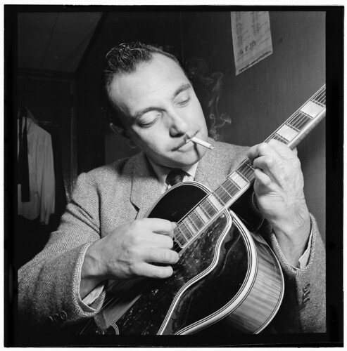 [Portrait of Django Reinhardt, Aquarium, New York, N.Y., ca. Nov. 1946] (LOC)