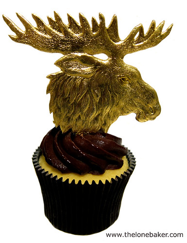 Moose on Mousse Cupcake