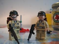 Legs with pockets! (Yam' ) Tags: world 2 war gun lego m1 helmet ww2 apoc moc bric
