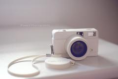 Lomo fisheye white. ([L] di .zuma) Tags: white 35mm lomo cross fisheye limited edition analogica rullino
